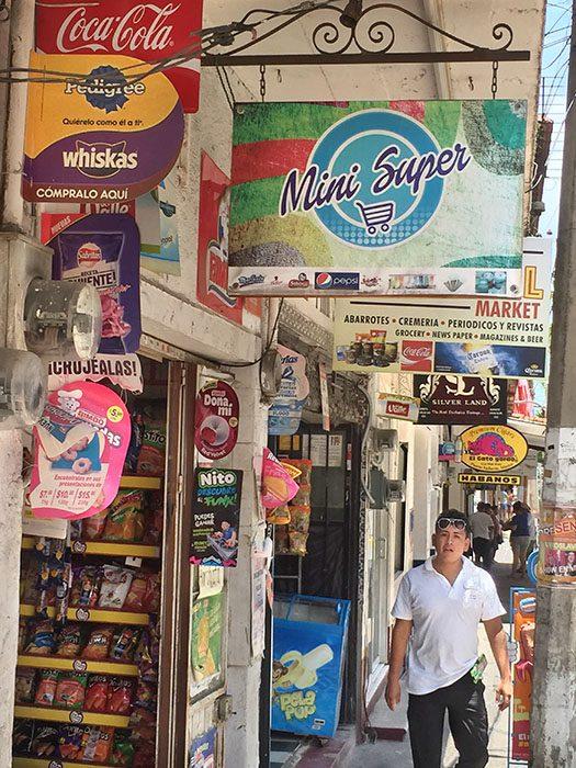 /product//street-scene-6-puerto-vallarta/