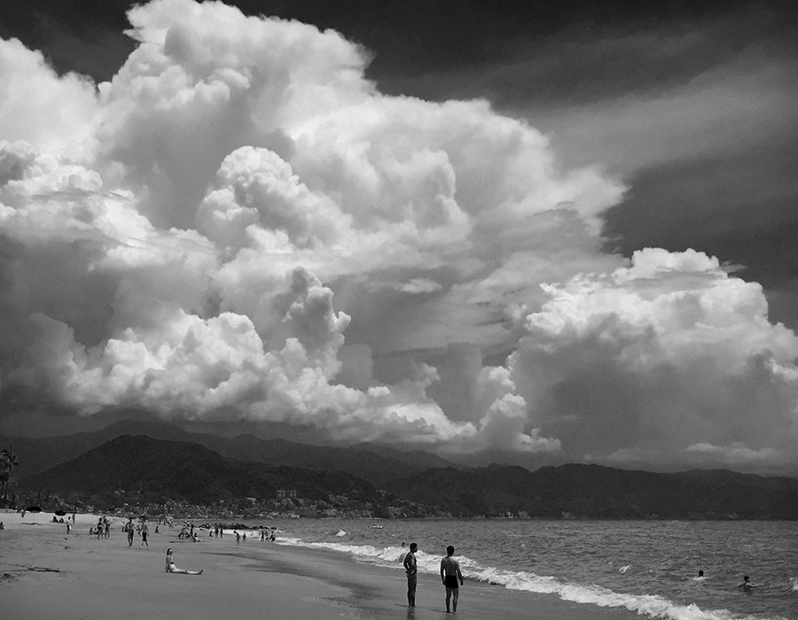 /product//thunderstorm-and-beach-puerto-vallarta/