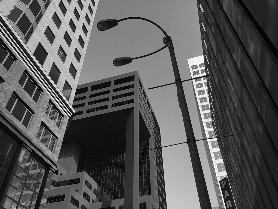 /product//light-pole-north-broadway-and-pine-street/