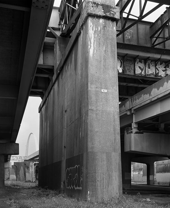 /product//i-55-44-overpass-and-the-arch-2/