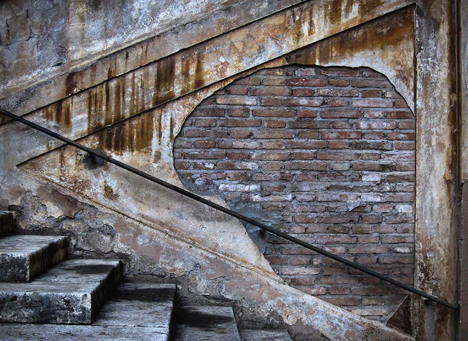 /product//stairway-detail-rome/