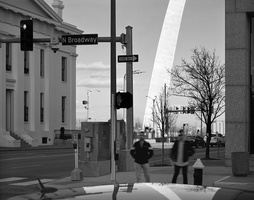 /product//the-old-courthouse-and-the-arch-2-2018/
