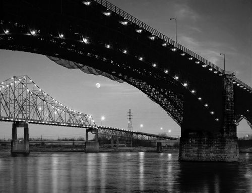 Moonrise, Martin Luther King and Eads Bridges, 1986