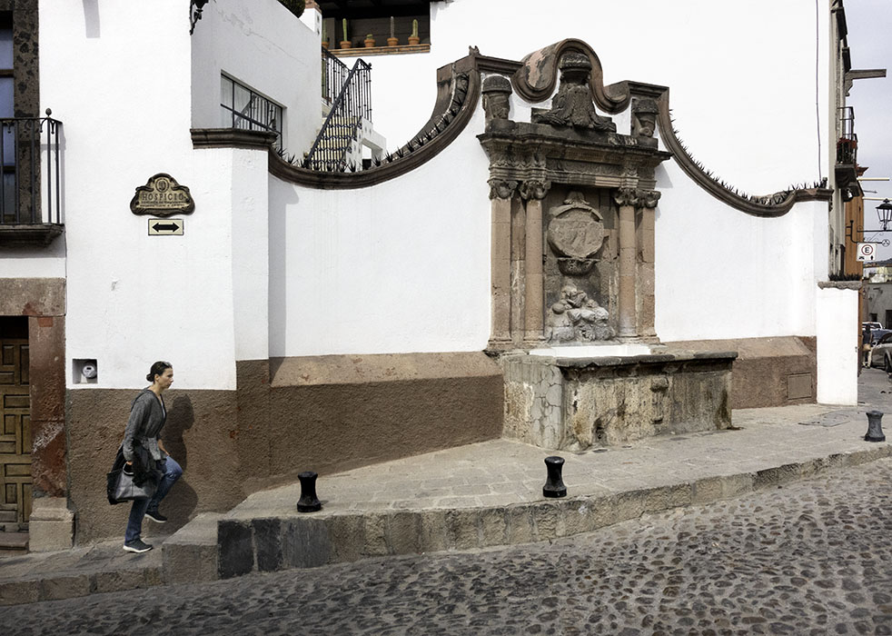 /product//street-scene-8-san-miguel-de-allende-mexico-2018/