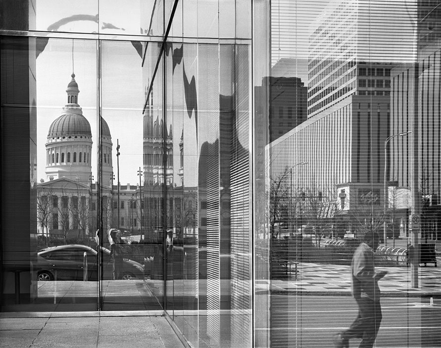 /product//reflection-thearch-and-the-old-courthouse-7th-and-chestnut-2019/