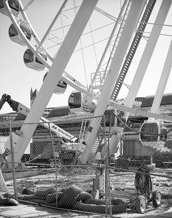 /product//ferris-wheel-construction-site-union-station-2019/