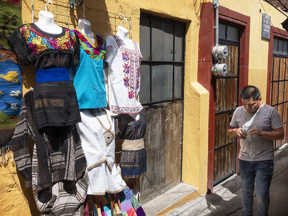 /product//mercado-de-artesians-5-san-miguel-de-allende-mexico-2019/