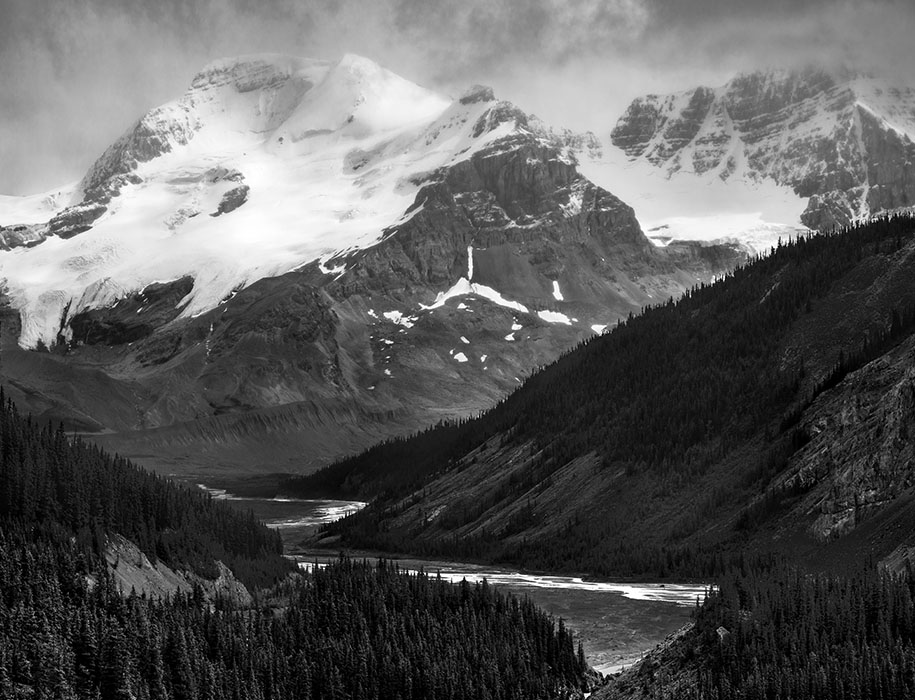 /product//mt-athabasca-and-the-sunwapta-river-columbia-icefield-jasper-national-park-canada/