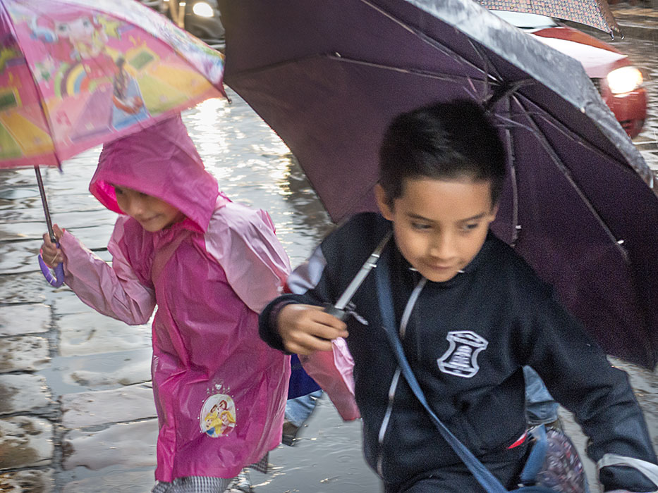 /product//school-children-dawn-rain-san-miguel-de-allende-mexico-2019/