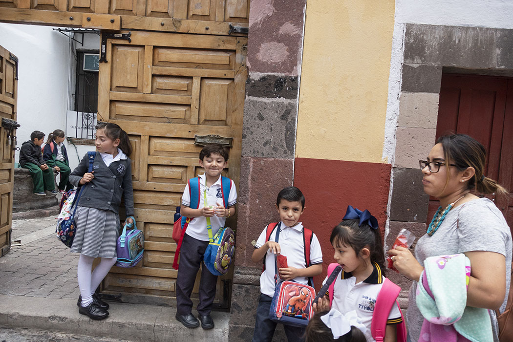 /product//school-children-san-miguel-de-allende-mexico-2019/