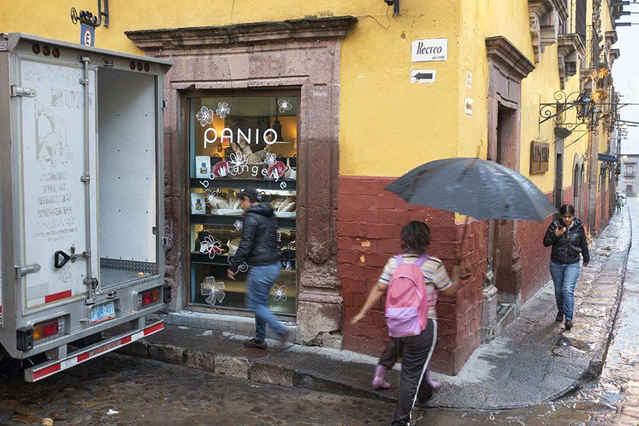 /product//street-scene-2-san-miguel-de-allende-mexico-2019/