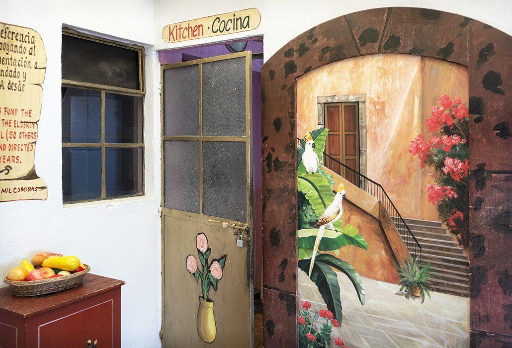 /product//wall-mural-hotel-casa-del-missionera-san-miguel-de-allende-mexico-2019/