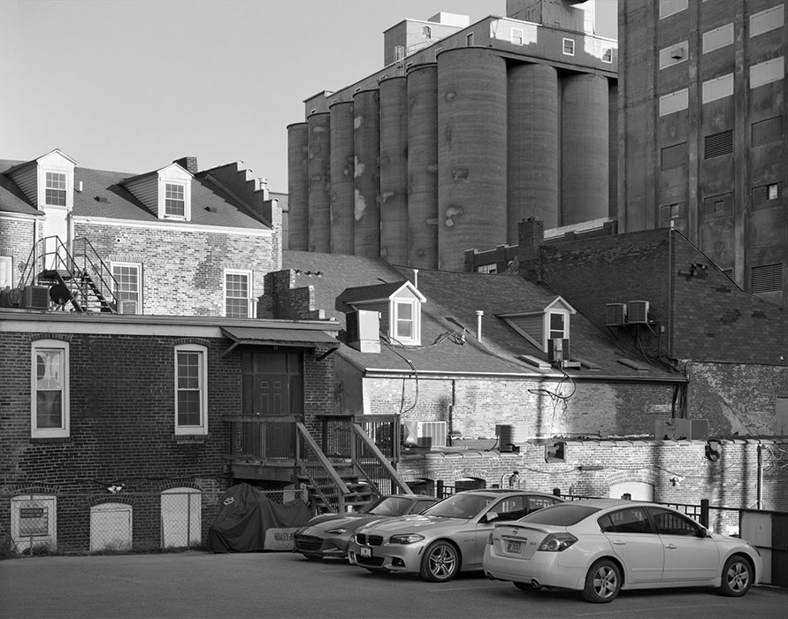 /product//grain-elevators-alley-alton-illinois-2019/