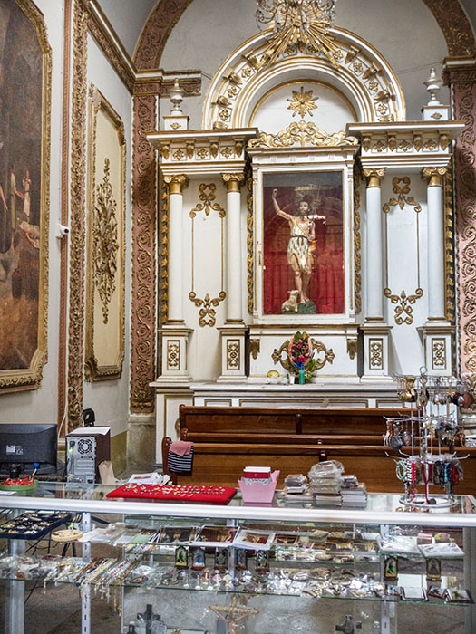 /product//templo-de-santo-domingo-9/