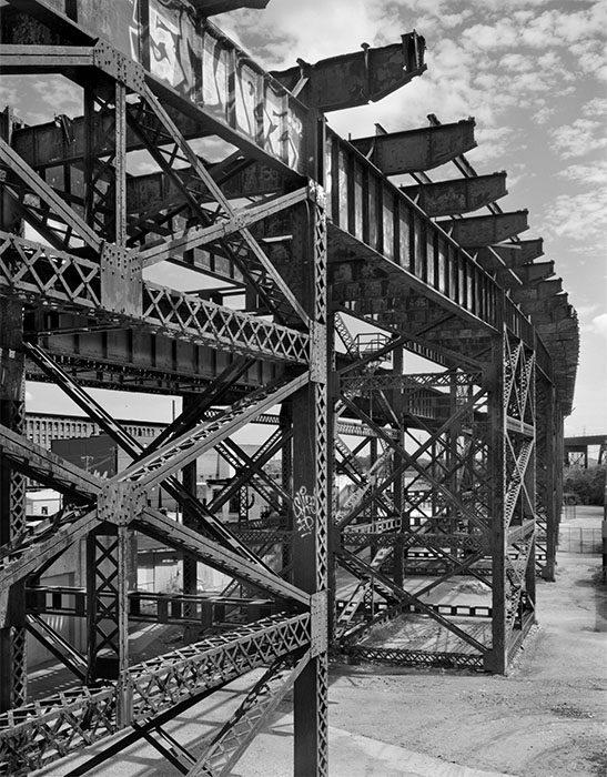 /product//trestles-of-the-macarthur-bridge-2-chouteaus-landing-2021/